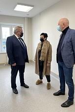 Борис Хохряков побывал в будущем филиале детской поликлиники Нижневартовска